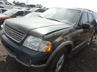 2002 Ford Explorer 1FMZU64E92UA70611 Green