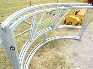 Round bale feeder  78IJ  Aluminum  bent bars