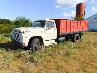 1970 Ford 600 Wheat Truck