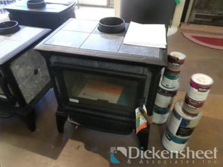 Heritage Woodstove Right Side Load, Matte Black,