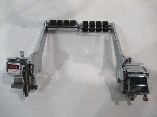 H D  Adjustable Passenger Highmount Foot Pegs