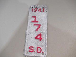 1941 South Dakota licence Plate  174 RARE