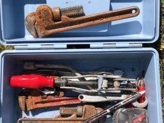 Multiple item lot: tool box, miscellaneous tools