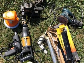Multiple tool lot: drill, buffer, sanders, saw
