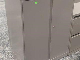 2 Door Cabinet 30x23x40