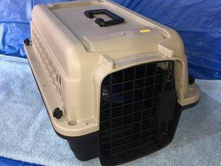 Pet carrier 20? L x 12? H x 13? W