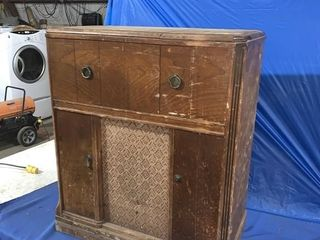 Cabinet record player - not working