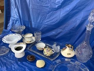 Miscellaneous glassware, including Royal Albert