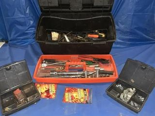 Plastic toolbox comes with a quantity of