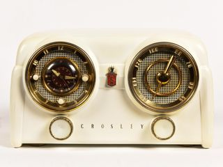 VINTAGE CROSLEY RADIO & CLOCK MODEL D-25