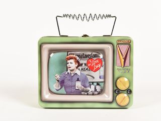 I LOVE LUCY EMBOSSED COLLECTOR LUNCH BOX