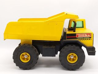 Tonka XMB-975 Mighty Diesel Dump Truck 16.5