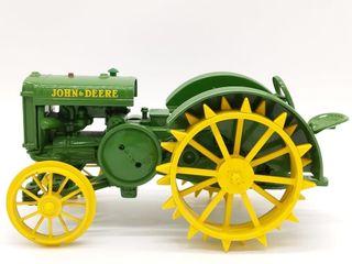 Ertl John Deere Model D Die Cast Tractor - 1/16