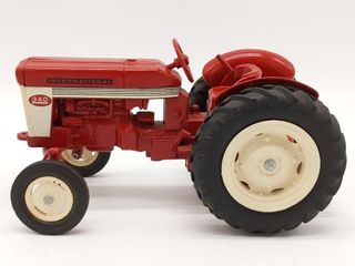 Ertl International 340 Utility Die Cast Tractor