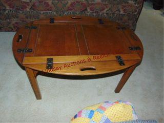 Wood coffee table w  fold down sides 40x28