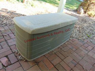 Rubbermaid Deck Box 54x29x25