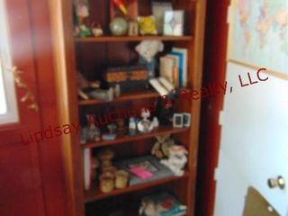 6 shelf wood bookshelf  NO CONTENTS  32x13x78