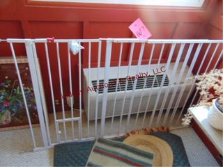 large pet baby gate approx 60x38 is adjustable