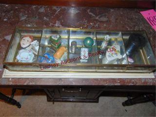 Display box w  little decorative pill cases