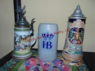 4 pcs  3 stein mugs   decorative place mat