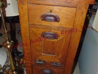 wood 3 drawer side table 14 5x13x31