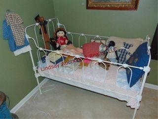 Vintage metal framed child s crib w  bedding