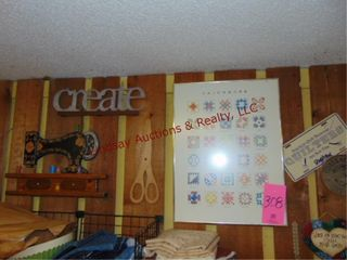 Group of wall hanging decor SEE PICS