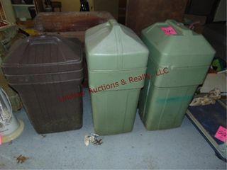 3 plastic trash cans