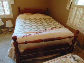 Wood Queen Full size bed frame  mattress