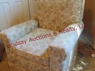 Cloth side chair w  leaf pattern