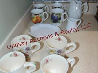 11 pcs of dishes  2 sets of coffee mugs