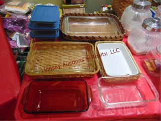 Approx 13 pcs glass baking dishes   wicker holders