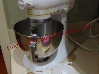 Kitchen Aid counter top tilt top mixer