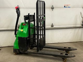 Big-Joe Electric Pallet Jack