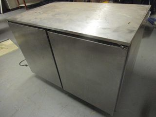 COMMERCIAL ROLL-IN REFRIGERATOR