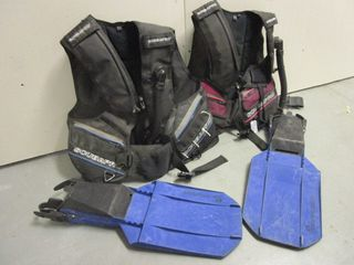 SCUBA-PRO DIVING VESTS, FINS