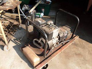 Homelite 2500 Watt Generator
