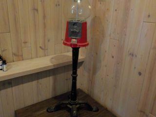 Vintage Bubble Gum Machine With Met...