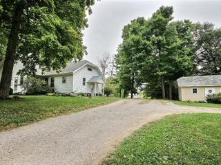 3 Bed Home on 2.35 Acres w/3 Outbuildings
