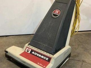 Advance CarpeTriver Vacuum 280A