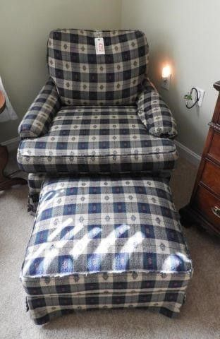 Lot # 4252 - Pair of plaid upholstered lounge