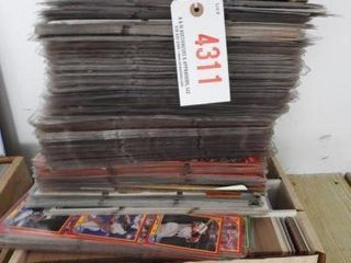 Lot # 4311 - Large Qty of Baseball cards