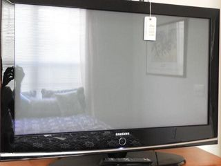 Lot # 4191 - Samsung HPT42 Plasma 42? TV with
