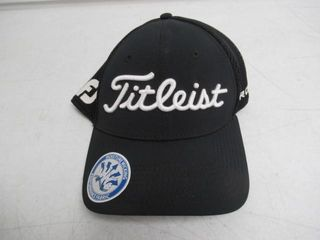 Acushnet Company Titleist Small Medium Fitted 2016