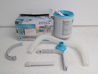 Used  Above Ground Pool Deluxe Wall Mount