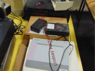 lot w  Elmo Pochette Document Camera
