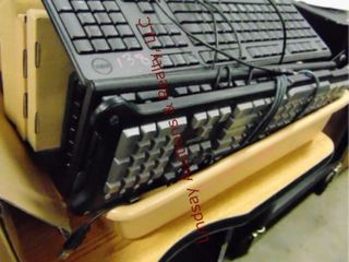 Tote w  various keyboards