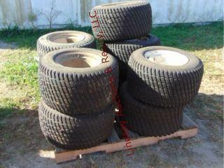 Pallet of 8 Carlisle turf master tires