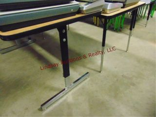 1 table 60 x 30 x 27  TABlE ONlY
