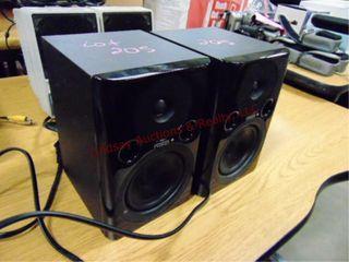 2 Fostex microphone speakers